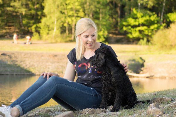 Gesund durch Hund – Entspannung in der Natur